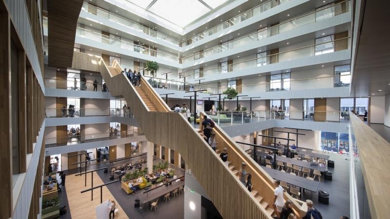 Duurzame nieuwbouw Hogeschool Rotterdam opgeleverd